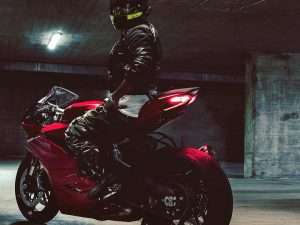 Badass shot sent to us from @lookatpalacios on his new #Ducati #panigale959