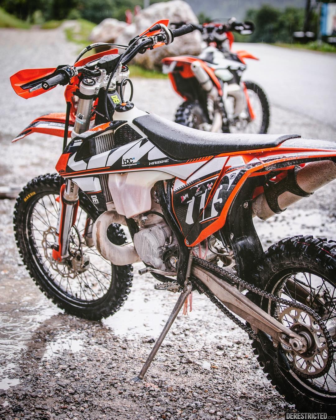 250exc or 300exc? Kind of undecided myself as to which one I like more, both really good but also surprisingly different.  #KTM #300exc #250exc #enduro