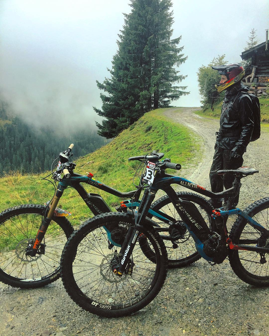 Gorillas in the mist! Have a great weekend! #haibike #xduro #emtb