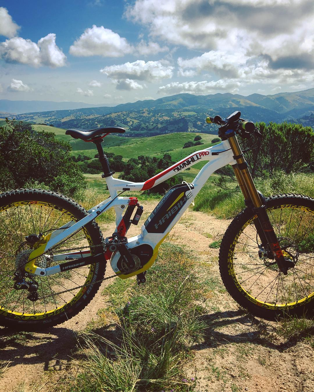 We hope your #haibike is taking you to some epic places this weekend! #xduro #emtb #dh #downhill #eperformance #ebike #mtb