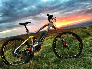 Superb photo sent to us by Haibike Hero @paulboltsenduro , out on his bike despite still having his foot and ankle in a cast! #haibike #emtb #ebike #mtb #eperformance #enduro #xduro #moto