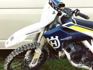 Such a fun bike from @husqvarnasalzburg #husqvarna #tc125 with a 150 top end. #moto #motocross #tc150 #de_portfolio