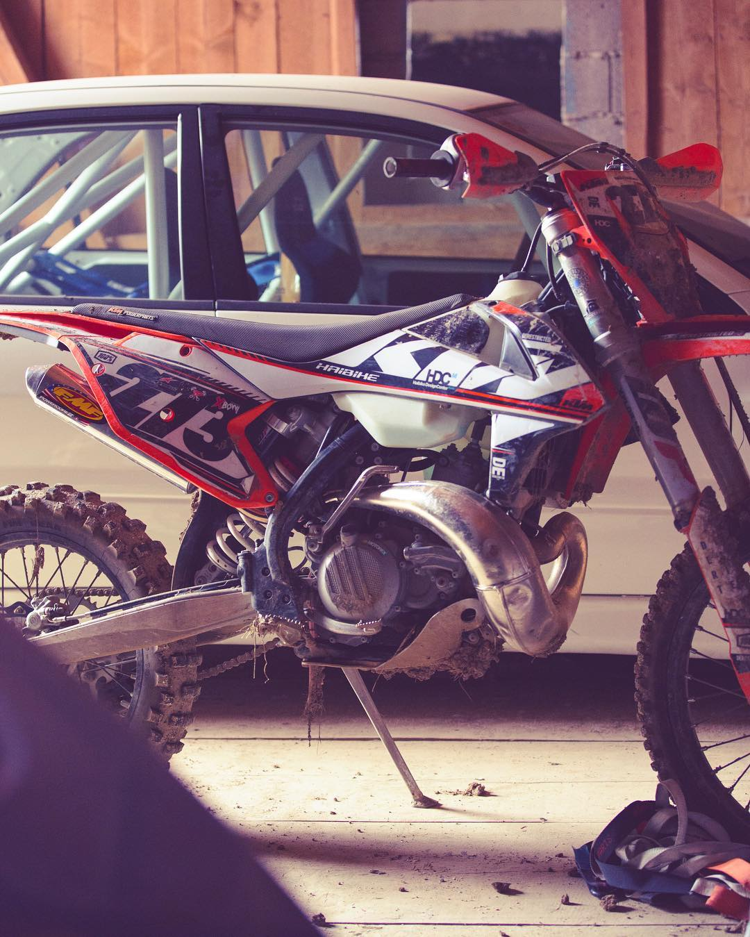 Sitting pretty (and a little dirty!) #ktm #300exc #twostroketuesday  #enduro #moto #ride100percent #de_portfolio @fmf73