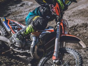 The only part of the 2017 #ktm #300exc we struggled with was the carburettor so we can't wait to have a go on the new fuel injected 2018 models! #enduro #ride100percent