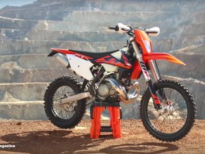 First Ride 2 Stroke Fuel Injection KTM 250 XC-W – Dirt Bike Magazine
