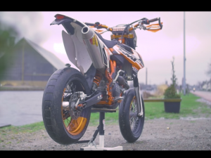 LET'S START! – Ep. 01 Crashkings Supermoto Build ft JoeySchaar