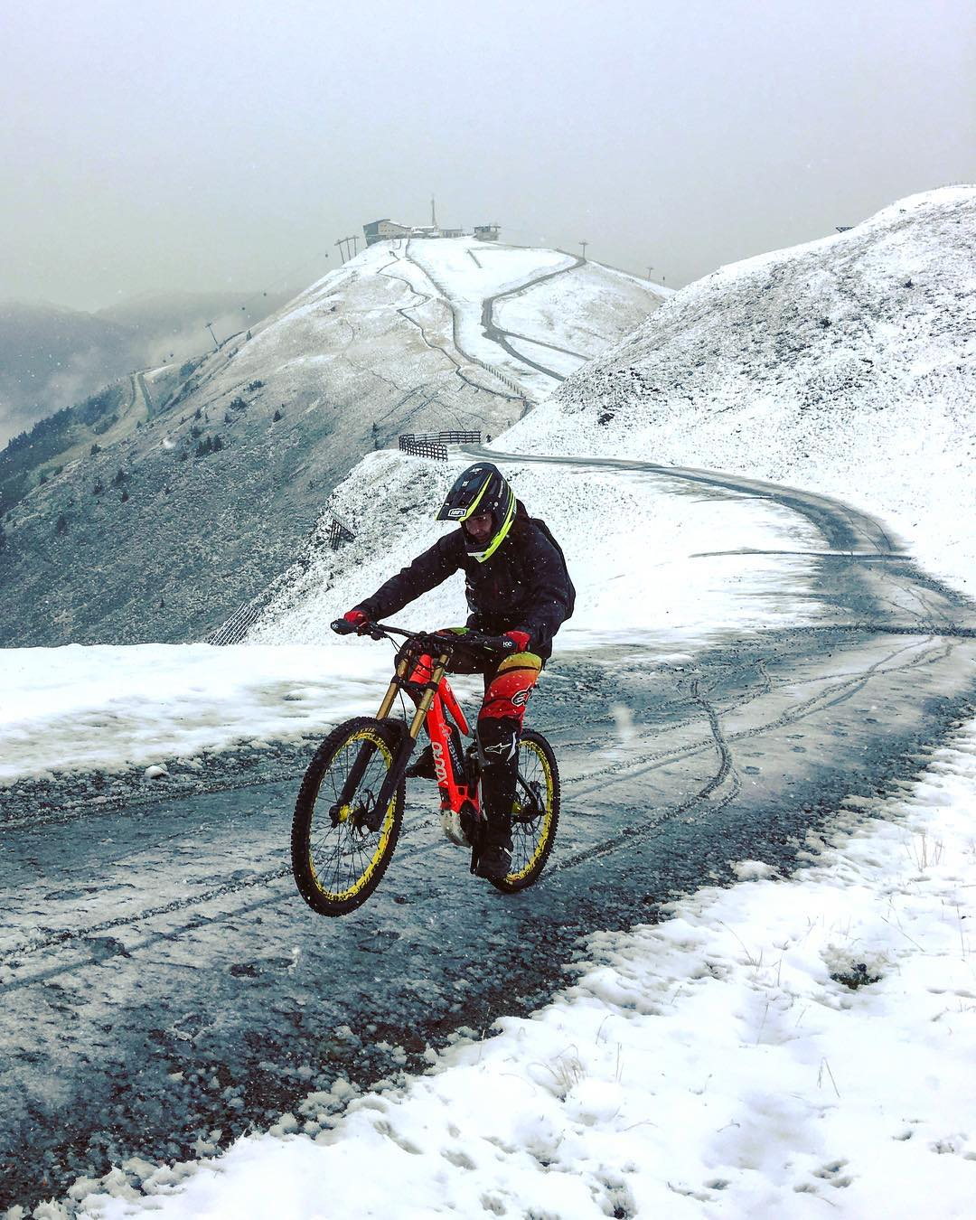 Why walk up when you can pedal?  HDCM team trip above the snow line! Winter is coming but no need to stop riding :) #haibike #emtb #xduro #downhill