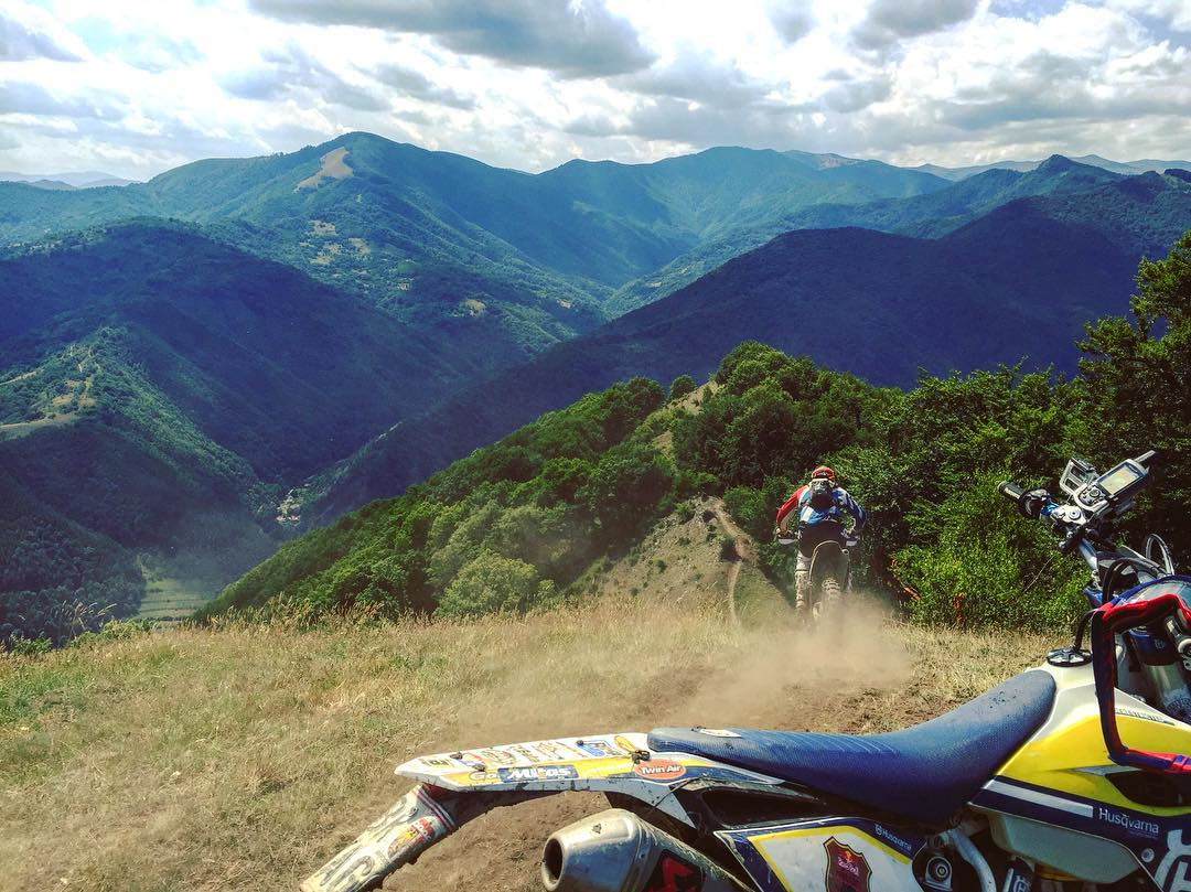 Way back when, with this #tbt to #Romaniacs . Best trails I ever rode on a dirt bike. #enduro #ride100percent