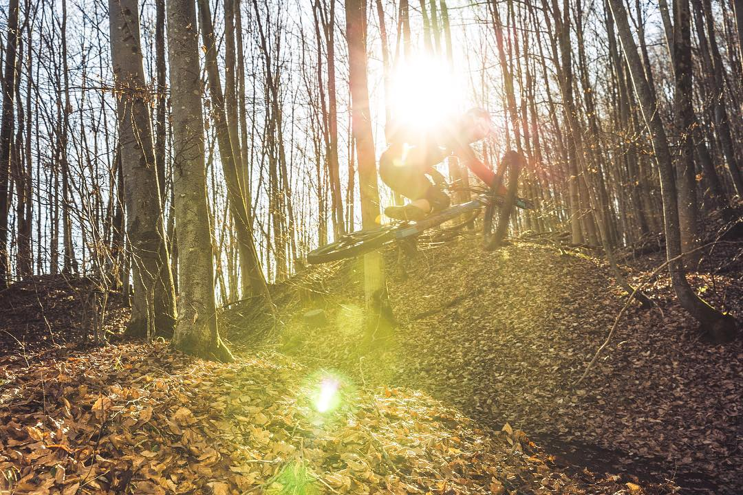 Blown out shot from an excellent photo shoot yesterday with @andiwittmann . He was riding like a champ and the light was great. Sometimes maybe a little too great 🔥! #haibike #emtb #mtb #enduro #weareeperformance
