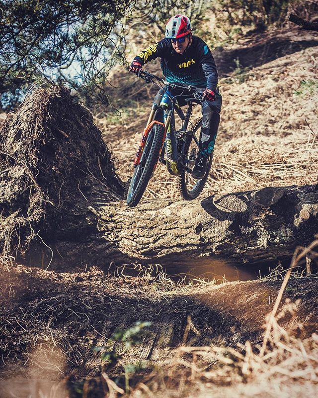 Cruising through the Surrey hills a couple of months ago. Photo by @sampilgrim #ride100percent #haibike #emtb #ebike