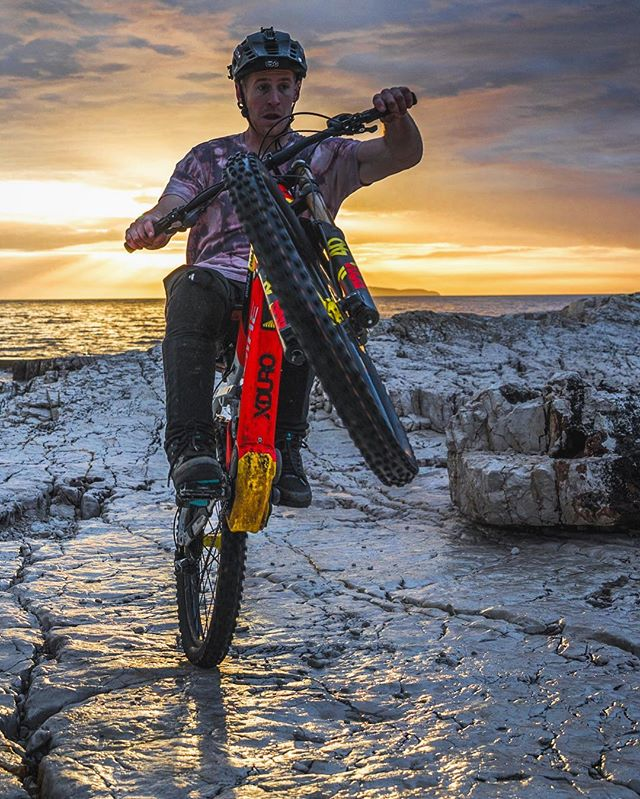 Sunset session with Sam P. #haibike #agencylife #emtb