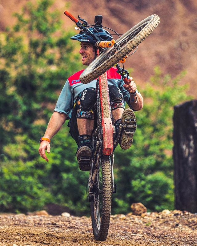 Easy does it. #wheeliewednesday with @sampilgrim #emtb #enduro #haibike #ebike