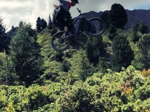 Filming with @sampilgrim in @la_plagne ! #emtb #ebike #allmtn #haibike #weareeperformance
