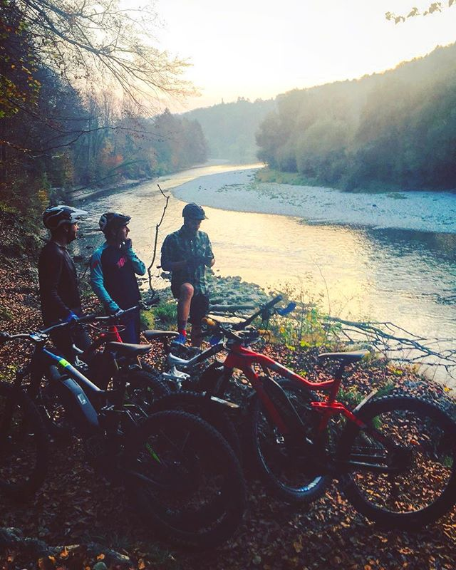 eZR crew Turbo ride! Yes! 📷 @ju_angel #haibike #emtb #ebike #isartrails #ride100percent