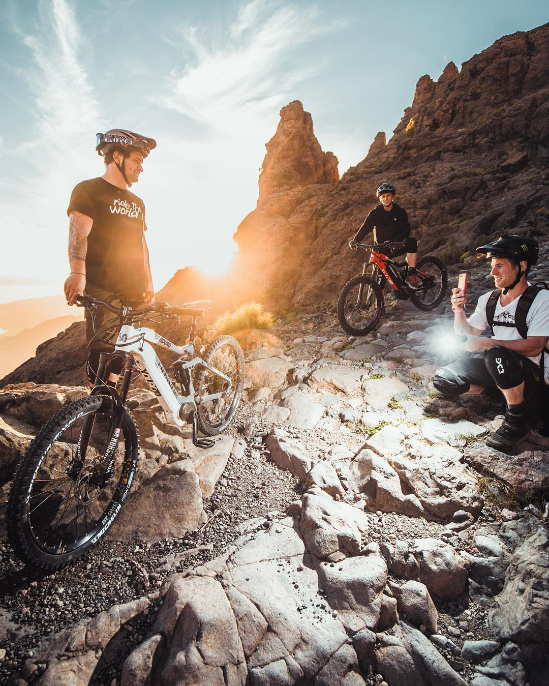 Catching the last rays at the end of an amazing day taking photos with @yannickgranieri / @tomcardymtb (heal up soon dude!) and bossman @sampilgrim helping us with a fill in flash. The more than 50,000 photos we have shot during the past 3.5 years have been one of the key forces to shape what Haibike is all about and to give it some real soul and character along the way.  #haibike #photoshoot #emtb #agencylife #mtb