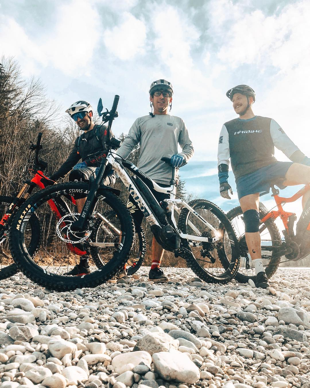First #fridayrideday of 2019 ! Yea! Missing @benna292 @kempf01 @paipaipaipaipaipaipaipaipai  and @hendrikschaefers !!! #agencylife #ride100percent #haibike #emtb #weareeperformance