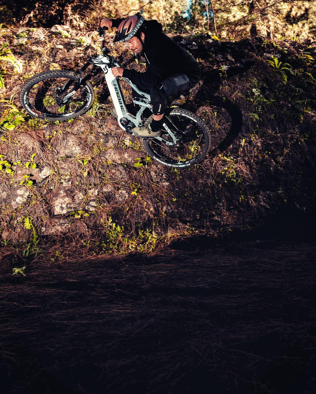Getting experimental on a recent photoshoot with @yannickgranieri ! #haibike #photoshoot #emtb #enduro