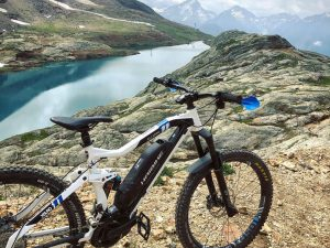 From high altitude gnarly rocks to loam in the woods, @alpedhuez is a great place to ride your bike! #emtb #enduro